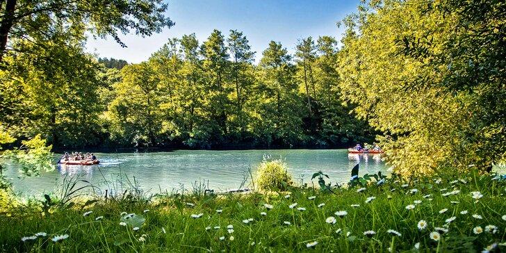 Léto či podzim na Sázavě s polopenzí: pohoda pro dva i rodinu s dětmi