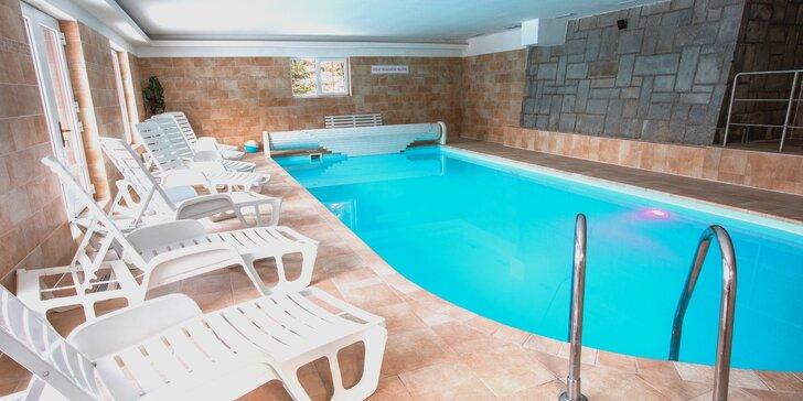 Wellness relax Beskydech: hotel u lesa, bazén, sauna i večeře při svíčkách