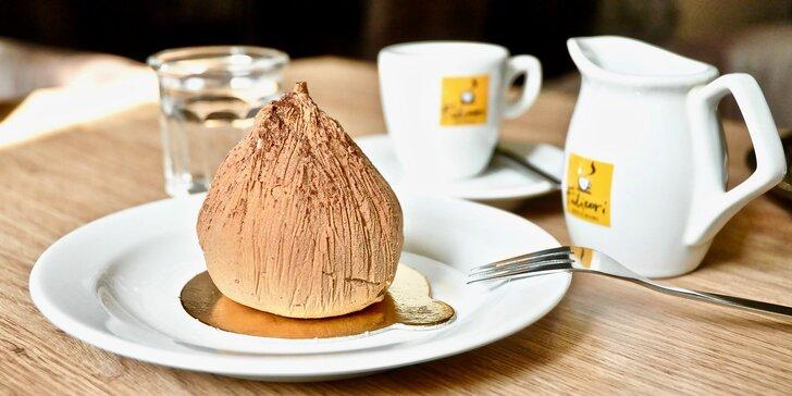Příjemné posezení u kávy a výjimečného zákusku v samém centru Brna