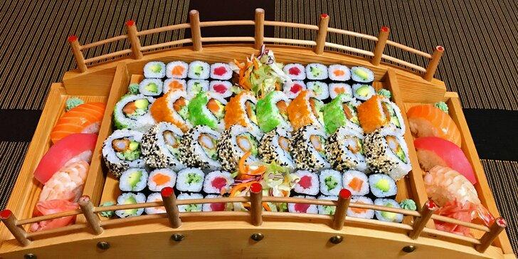 24–72 ks sushi třeba i s miso polévkou, wakame salátem a minizávitky