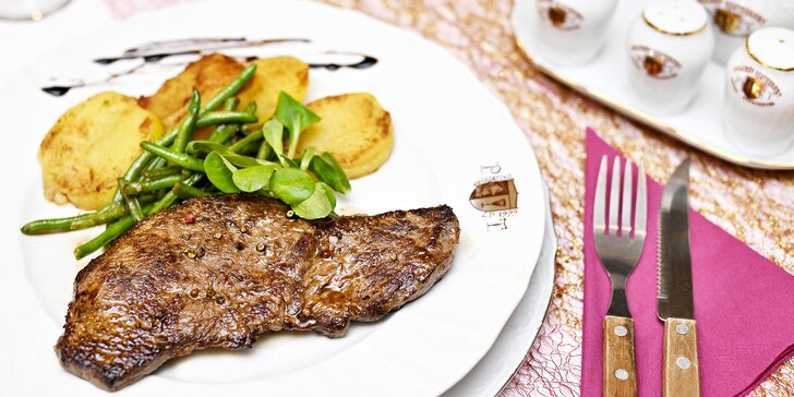 Uruguayský rump steak se salátem nebo pečenými brambory pro 1 i 2 osoby