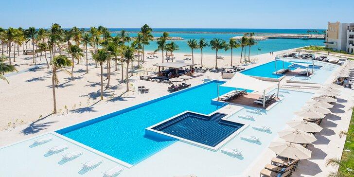 Dokonalý relax v 4*+ resortu v Ománu: 5–11 nocí s all inclusive, vířivky