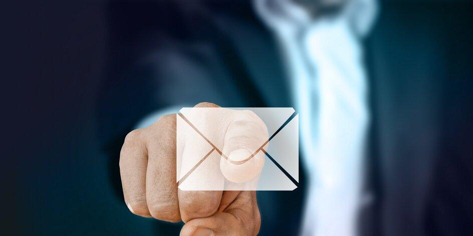 Hrají si s vámi e-maily na Seznamu na schovku?