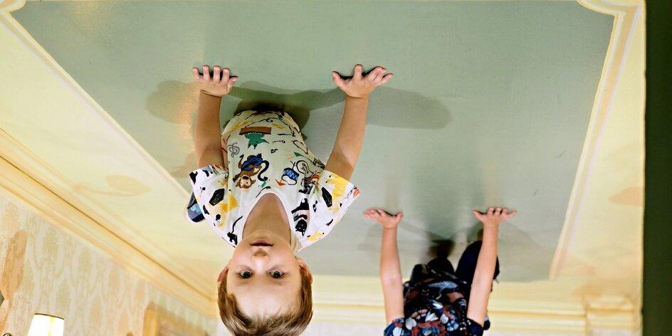 Kde děti neodlepíte od stropu? Hurá do labyrintu kousek od Prahy