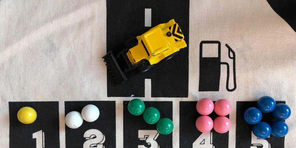 Magnetické kuličky na hraní, učení barev a malé počítání