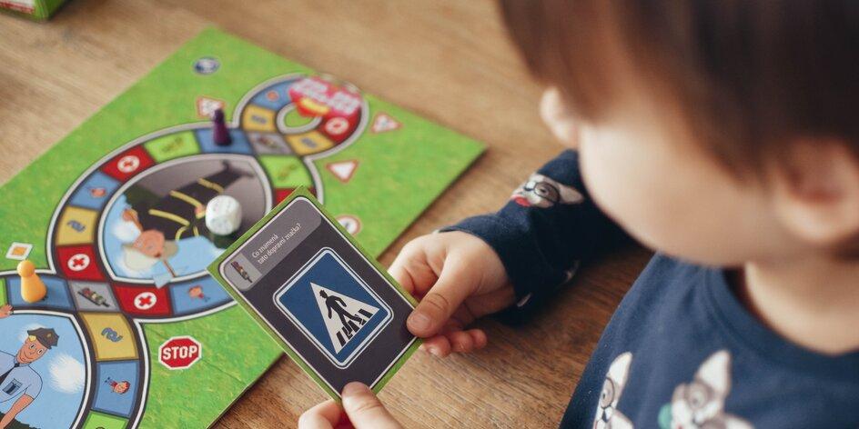 Jak děti učit doma? Zábavně! Desková hra vysvětlí pravidla silničního provozu