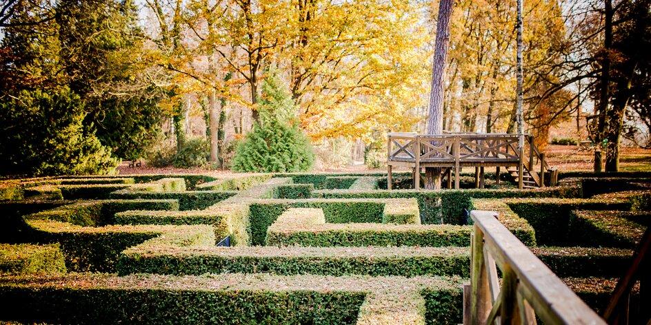 Hrady a zámky v zimě: vezměte děti do labyrintária i za pohádkou