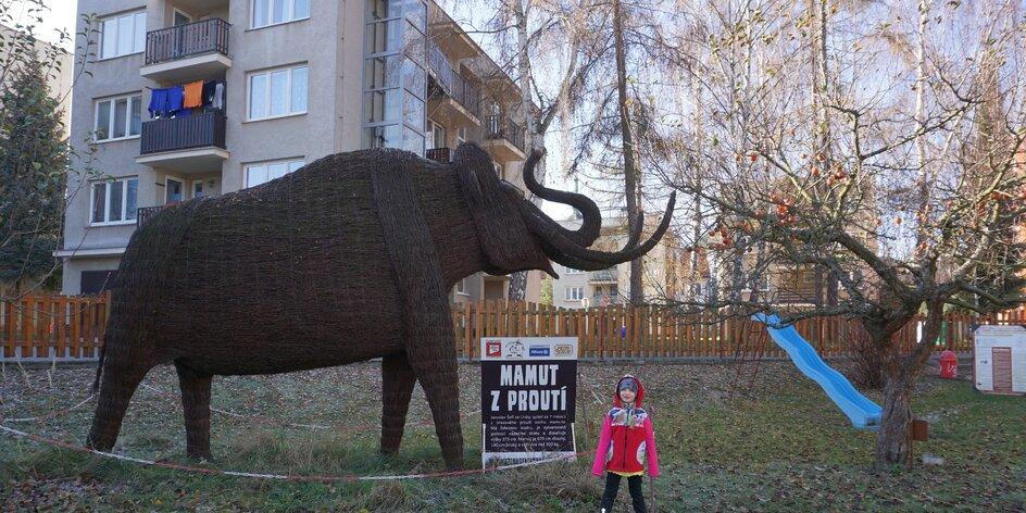 Vezměte děti do Muzea rekordů a kuriozit: obří Kuky a proutěný mamut