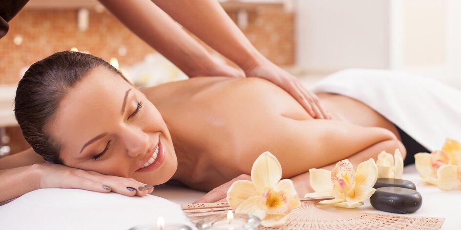 Hýčkající hodinová masáž podle výběru