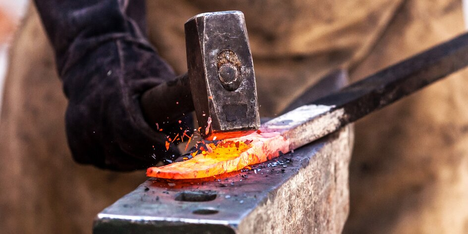 Kovářský workshop o délce až 2 nebo 4 hodiny