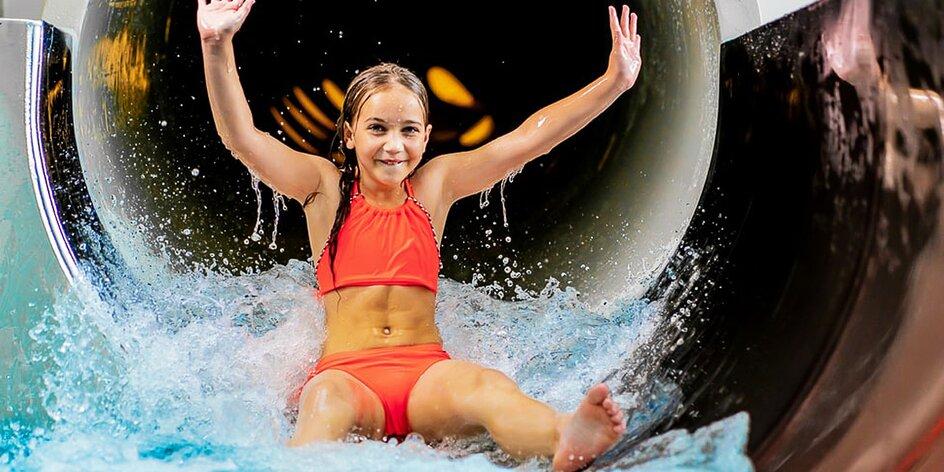 Vodní svět s bazény, tobogánem i vířivkou