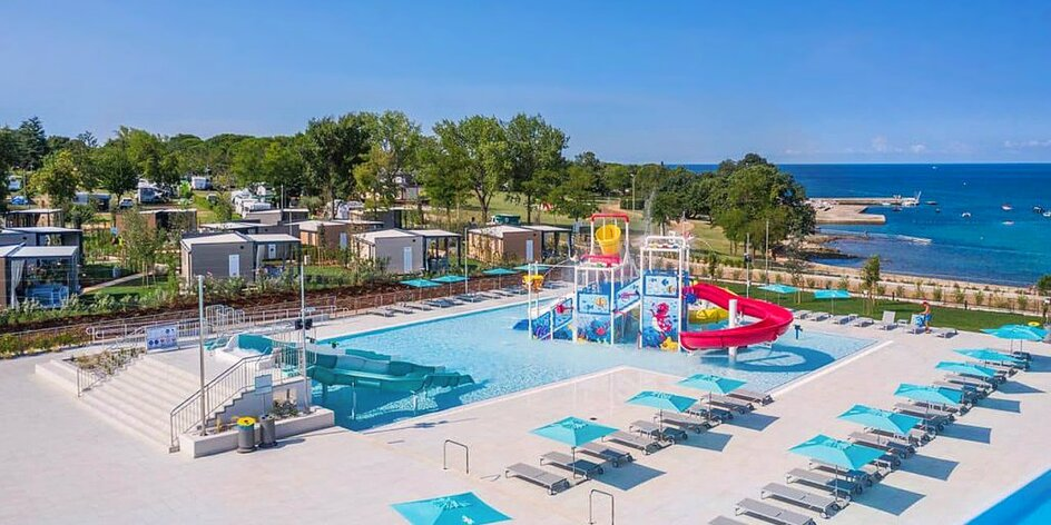 Klimatizovaný mobilní dům až pro 8 osob i bazény