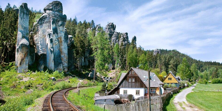 Adršpach a výlety v okolí: projděte se skalním labyrintem i po stopách literátů