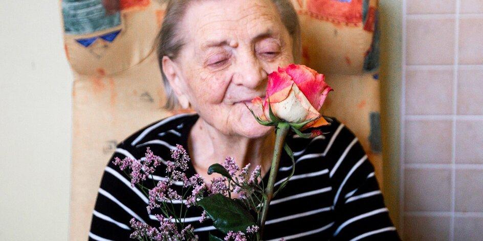 Kytka pro babi a dědu od floristů s epilepsií