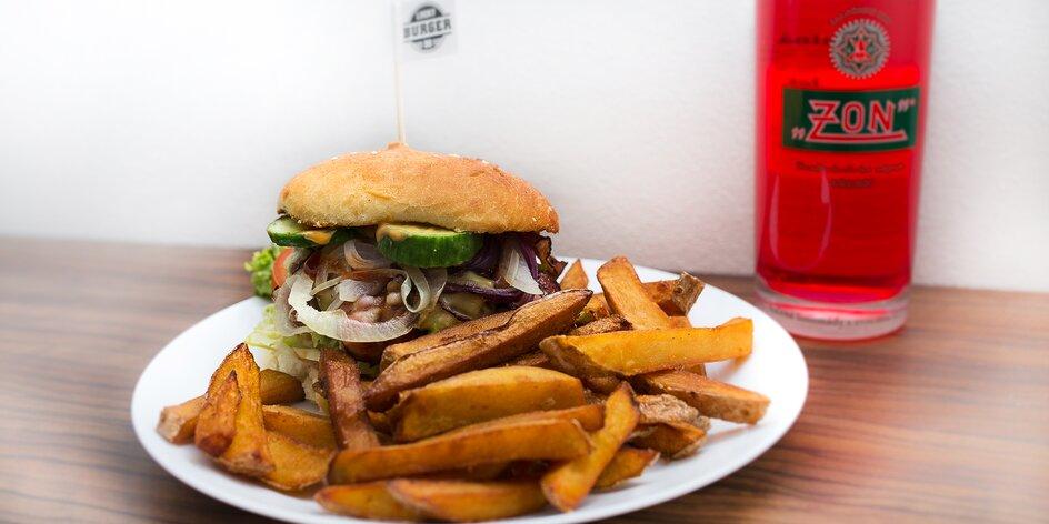 Šťavnatý hovězí burger, domácí hranolky a limča
