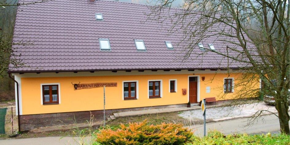 Zima i jaro: apartmán kousek od Adršpašských skal
