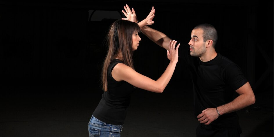 4 lekce reálné sebeobrany pro ženy či muže