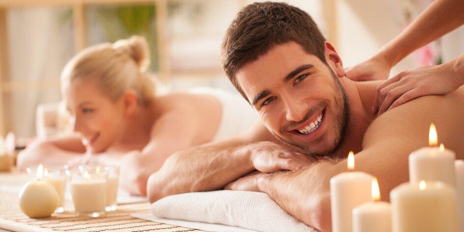 Hýčkání pro pár: Hodinová masáž a sklenka sektu