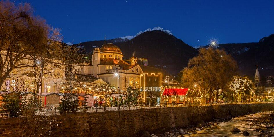 Na vánoční trhy pod vrcholky italských Dolomit