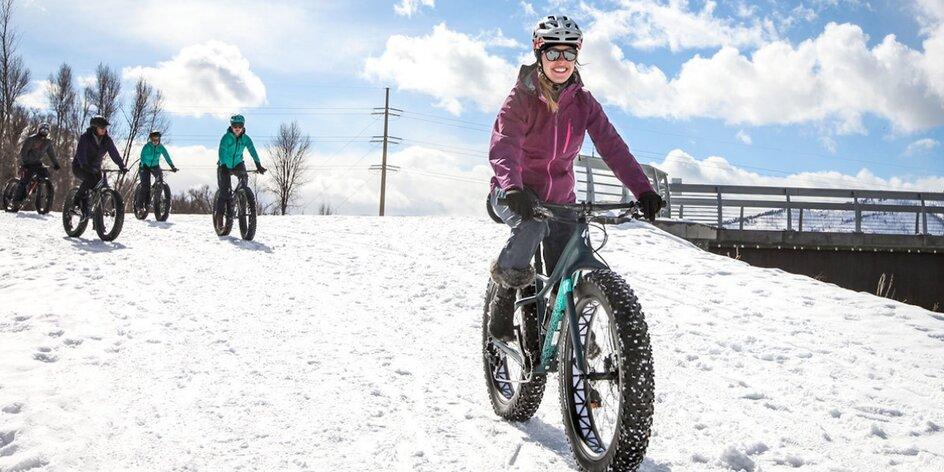 Vyjížďka na sněžném kole s průvodcem pro 1–4 os.