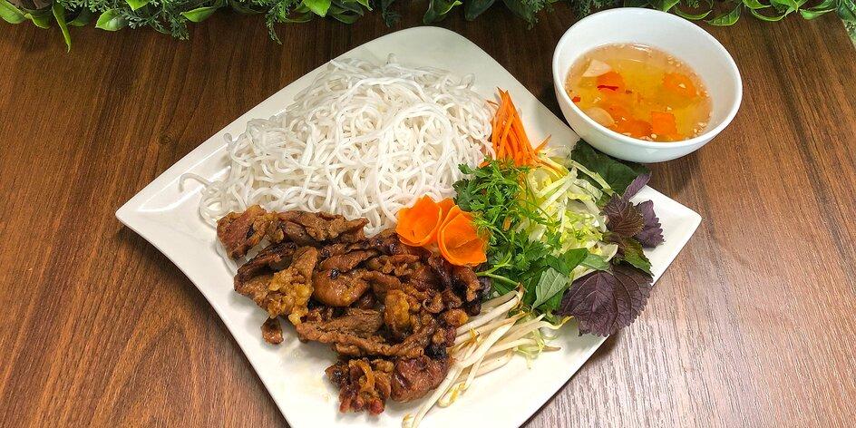 Vietnamské speciality: polévky, nudle i kachna