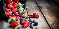 Vypečené pochutiny: smoothie i ledové ovoce