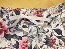 Dámské vzorované baggy a bermudy s květinami