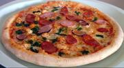 2 lahodné pizzy včetně rozvozu po Hradci Králové