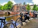 Výlet do jarního Amsterdamu i za tulipány