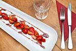 Čtyřchodové francouzské menu s kohoutem na víně