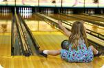 Hodina bowlingu a jakákoli pizza pro 5 osob