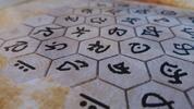 Dobrodružná venkovní hra s prvky geocachingu