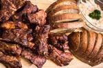Pečená vepřová žebra v domácí barbecue omáčce
