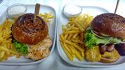Poctivý burger a hranolky pro jednoho nebo partu