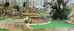 Hodina napínavého adventure golfu v O2 Aréně