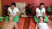 Thajská olejová masáž pro páry v salonech Lotus