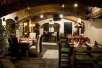 Rodinné all you can eat v balkánské restauraci