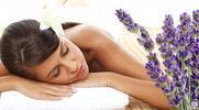 Levandulová masáž šíje, zad, ramen a plosek nohou