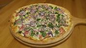 Poctivá porce: Delikátně křupavé pizzy a nápoj pro dva