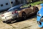 Sporťák Ford Focus RS či Nissan GT-R na 30 min.