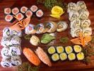 Sushi sety s až 38 kousky, některé i s polévkou