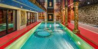 Privátní antické lázně se slaným bazénem pro 2 osoby