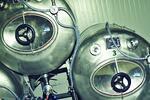 Tankové pivo Primátor s hromadou pečených žeber