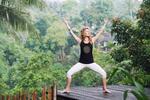 Kolekce jógového oblečení vyrobeného na Bali